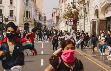 Nuestramérica. En Chile y Perú la juventud toma la palabra