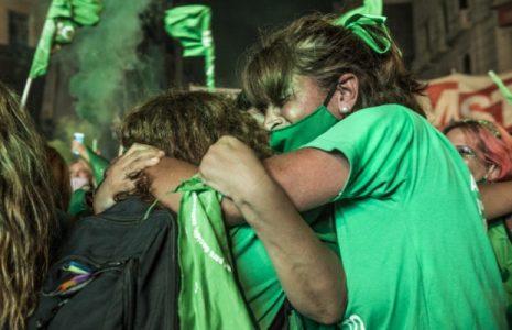 Argentina. Sacar el aborto del armario, ponerlo en la red