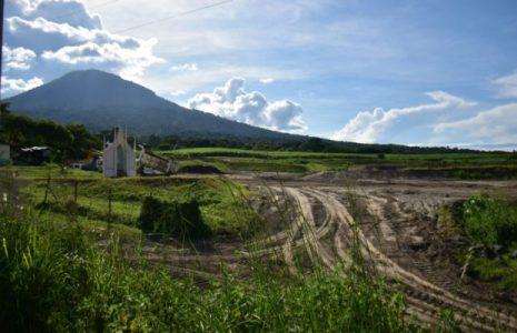 El Salvador. Medio Ambiente justifica con dictamen técnico el permiso que otorgó a proyecto Valle El Ángel