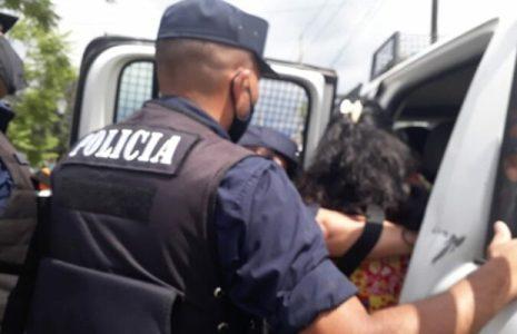 Argentina. Resumen Gremial: Detuvieron a docente en Salta en una protesta para que agilicen acreditaciones y títulos (+info)