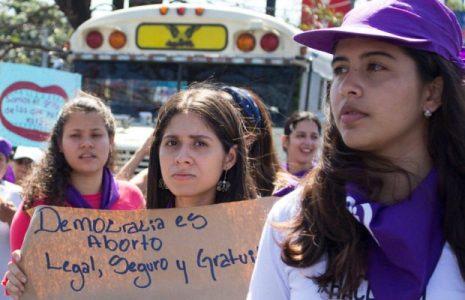 Honduras. Exigen la reforma constitucional del Art. 67 en relación con la prohibición absoluta y eterna del aborto