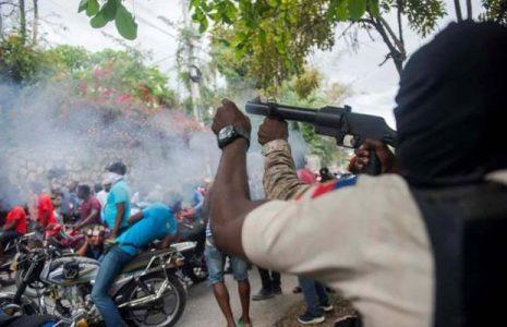 Haití. La Asociación de Medios Independientes denuncia ataques de parte de la policía