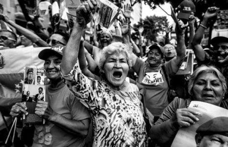 Venezuela. Es más lejos devolverse que seguir