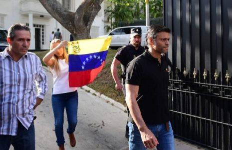 Venezuela. Leopoldo López dirigió la Operación Gedeón «con la complicidad» de la embajada española