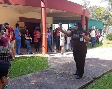 Paraguay. UNA recorta monto de becas a casi mil estudiantes