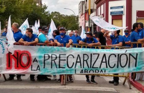 Argentina. Córdoba: Ante la negativa municipal de preservar las fuentes laborales con los derechos que brinda la COOPI de Villa Carlos Paz, se profundiza el conflicto por el agua