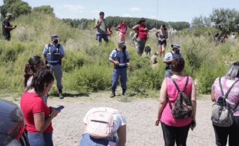 Argentina. Familias sin viviendas fueron reprimidas por la policía en Senillosa