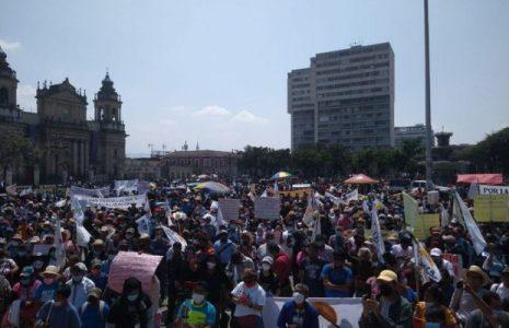 Guatemala. Movilización y protesta del Comité de Desarrollo Campesino (CODECA) para exigir la renuncia de Giammatei y de la Fiscal General