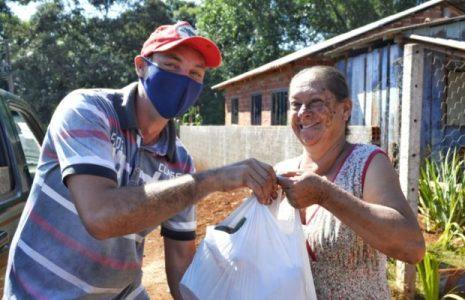 Brasil. Movimiento de campesinos Sin Tierra dona 2.8 toneladas de alimentos en Paraná