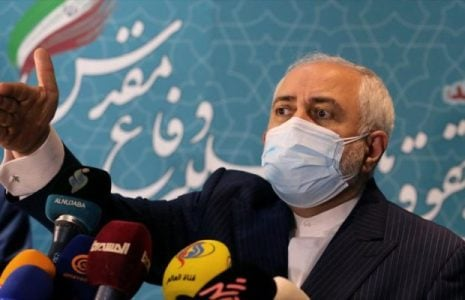 Irán. Zarif: EEUU continúa la fallida política de Trump contra el país