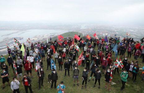 Euskal Herria. La organización Ernai ha marchado para proclamar que los jóvenes «no esperan a nadie»