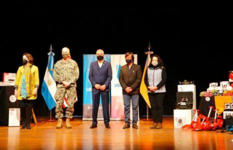 Argentina. Jefe del Comando Sur de los Estados Unidos, Craig Faller, visitó Ushuaia