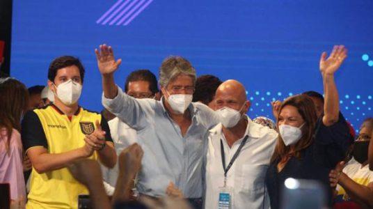 Ecuador. La derecha pro imperialista derrotó al progresismo:  Lasso obtuvo 52,41% frente al 47.59%  de Arauz