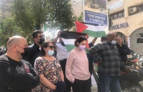 Palestina. Violando la legalidad internacional, Israel impide un acto de candidatos palestinos en Jerusalén ocupada. Arrestó 3 candidatos