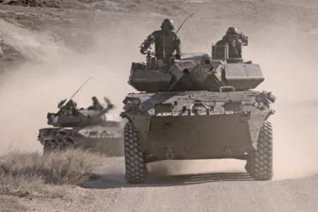 Estado español. Una treintena de militares y políticos utilizaron las puertas giratorias para aterrizar en empresas armamentísticas