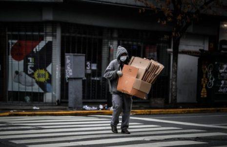 Argentina. Durante la pandemia se perdieron 155.000 puestos de trabajo del sector privado y se crearon 39.000 en el sector público