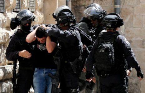 Palestina. Otro día de barbarie sionista en los territorios ocupados: Más de 300 palestinos heridos este lunes en Jerusalén en choques con la policía tras el rezo en Al Aqsa / (fotos+videos)