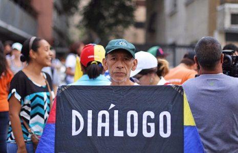 Venezuela. La oposición da marcha atrás y quiere diálogo en un país despolarizado
