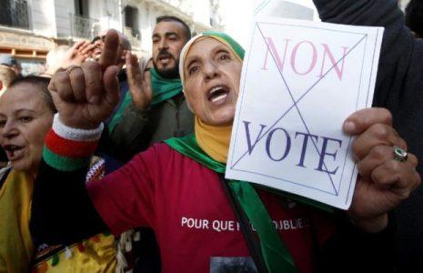 Argelia. Desarrollan campañas para elecciones legislativas