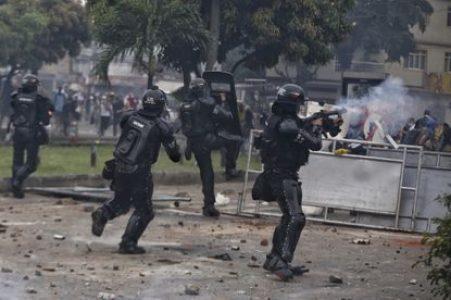 Colombia. Cali: Ejecuciones, casas de tortura, fosas comunes y 120 desaparecidos