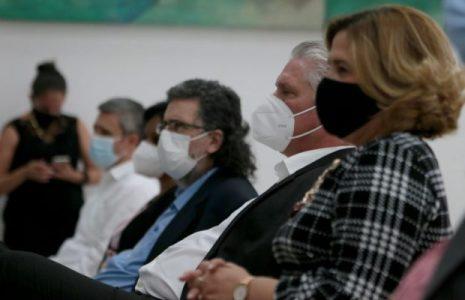 Cuba: Con la presencia del presidente Díaz Canel presentan libro «Diario de Turín, la solidaridad en tiempos de pandemia» (coedición de Editorial Abril y Resumen Latinoamericano)