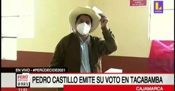 Perú. El voto a pie de urna apunta a que hay «empate técnico» pero en la realidad todo indicaría que Pedro Castillo arrasa en el mundo rural y en la periferia humilde limeña /Vigilia de los seguidores de Perú Libre