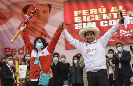 Perú. Increíble pero cierto: Ganó Castillo pero la proclamación de los resultados se retrasará por apelaciones del fujimorismo /El sábado está convocada una gran marcha en apoyo al vencedor y para que sea reconocida su victoria