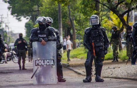 Colombia. Puerto Resistencia no se amilana ante ofensiva policial/ La voz de los «primera línea» (fotoreportaje)