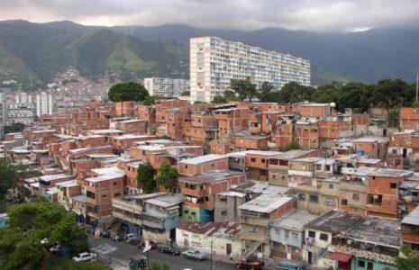 Venezuela. Comunicado desde el emblemático barrio caraqueño 23 de enero: fuerte denuncia sobre quienes protegen la venta de drogas
