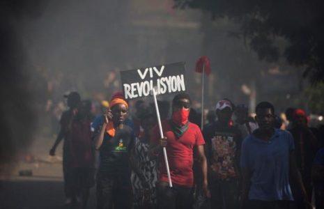 República Dominicana. Repudian la violencia del estado en Haití frente a la embajada
