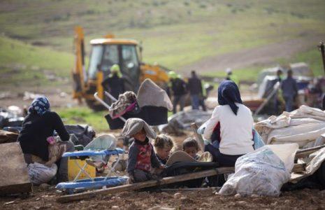 Palestina. Israel continúa demoliendo casas palestinas en los territorios ocupados de Cisjordania, entre ellas la del prisionero Montaser Al-Shalabi [video]