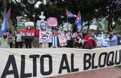 El Salvador. Concentración de solidaridad con Cuba revolucionaria