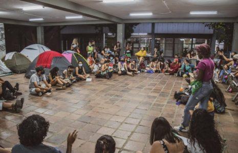 Colombia. En la Asamblea Nacional Popular se escuchan todas las voces que insurgen contra el mal gobierno