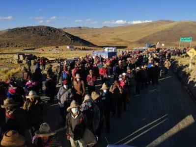 Perú. Corredor minero: represión deja 14 heridos, pero protesta continúa