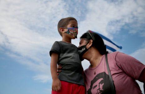 Cuba. Las familias cubanas merecen vivir sin bloqueo (fotos)