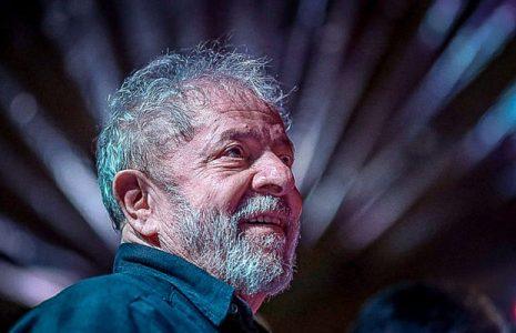 Brasil. Lula dice que la sociedad «no aceptará un golpe» y la disputa en 2022 será «entre democracia y nazismo»