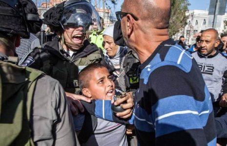 Palestina. Los niños palestinos no sólo necesitan educación sino también seguridad