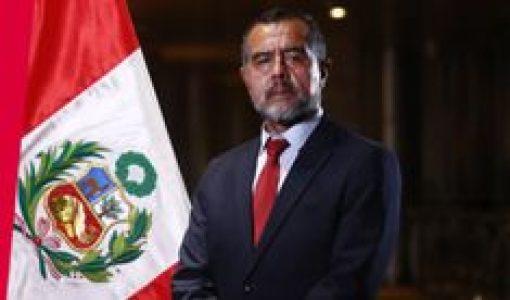 Perú. Siguen las concesiones a la derecha: «renunciaron» a ministro de Trabajo, Iber Maraví, al que la derecha acusaba de «terrorista»