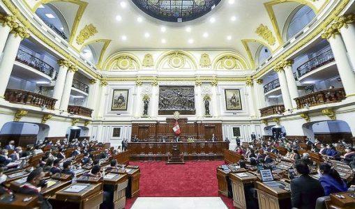 Perú. Oposición intensifica presión por cambios ministeriales
