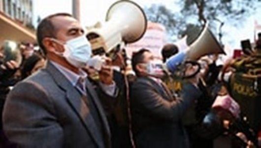 Perú. Pleno del Congreso admitió a debate moción de interpelación contra Iber Maraví