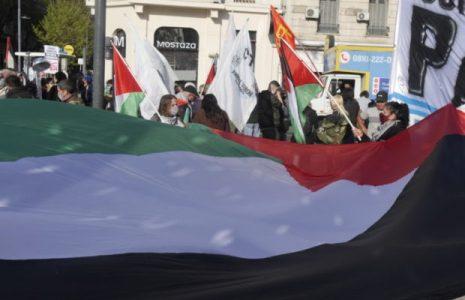 Argentina. Movilización en solidaridad con las y los presos políticos palestinos /Se marchó a la embajada sionista