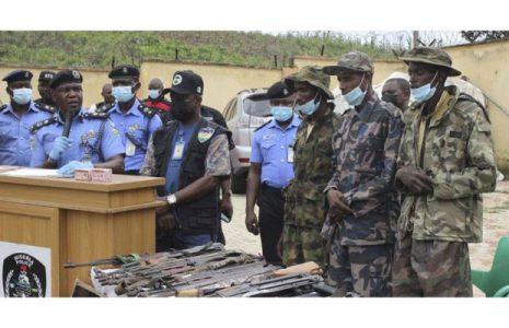 Nigeria. Arrestan a sospechosos de secuestro masivo de estudiantes