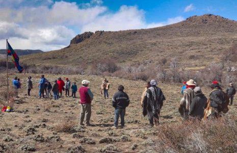 Nación Mapuche. Dos comunidades mapuche resisten desalojos en Río Negro
