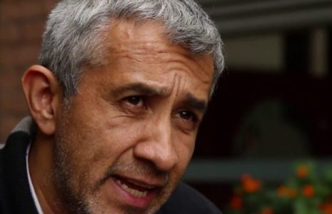 Colombia. Denuncian cadena de calumnias en contra del periodista Victor De Currea y una posible falsa judicialización