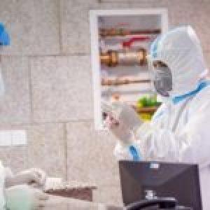 Acto humanitario: Irán envía a EE.UU. kits de prueba del coronavirus