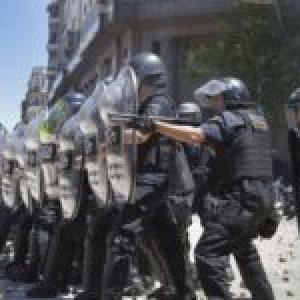 Argentina. Los gastos de Larreta: Balas de goma sí, barbijos y computadoras no
