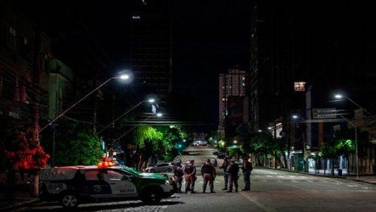 Brasil. Ante el colapso sanitario, anuncian toque de queda de