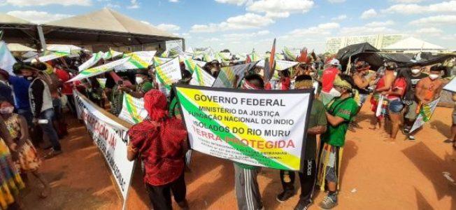 Brasil. Miles de indígenas marchan para exigir respeto a sus