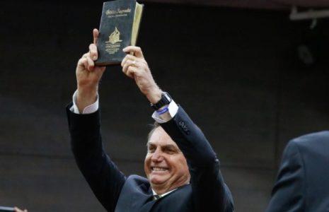 Brasil. Bolsonaro anuncia proyecto contra «ideología de género», a pesar