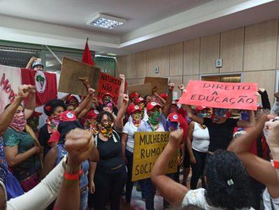 Brasil. Mujeres SinTierra ocupan el ministerio de Agricultura